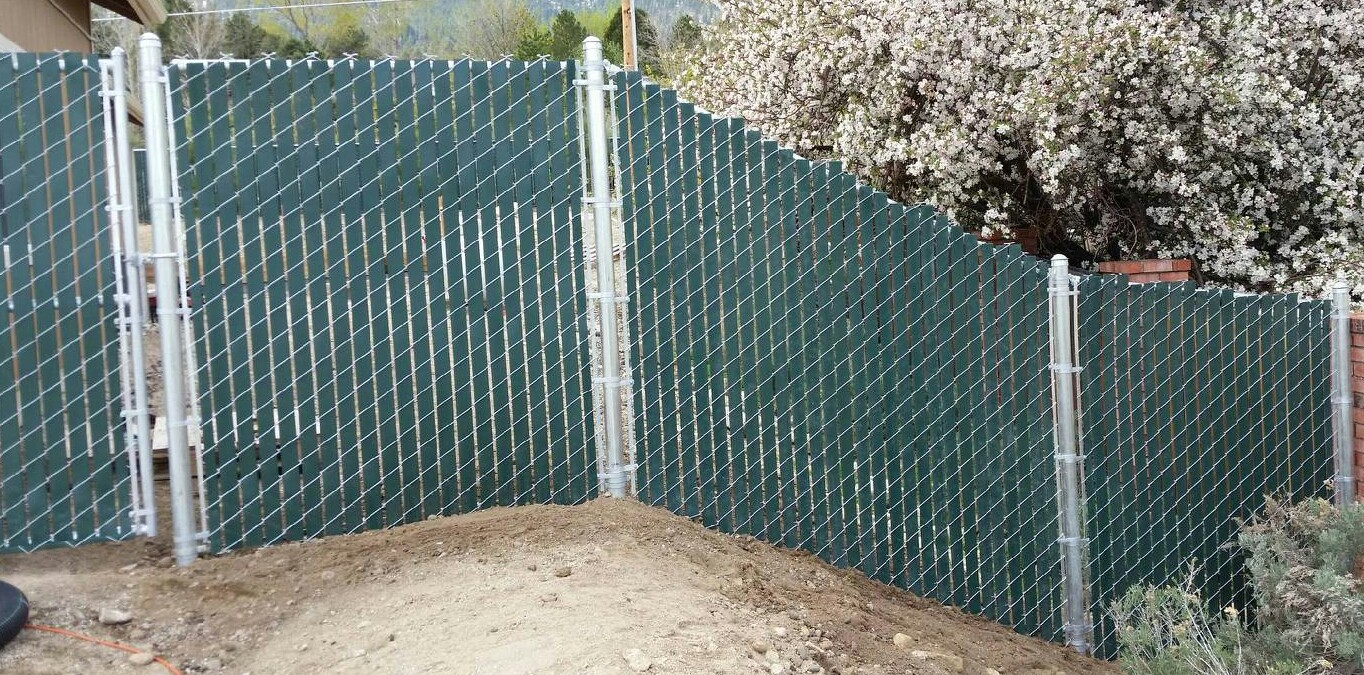 Wire Fence Installation | Wire Tahoe Fence